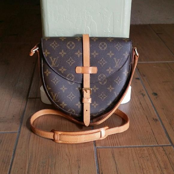 b1e5d9e40 Louis Vuitton Handbags - 🌸🎉AUTH Vintage Louis Vuitton Chantilly MM🎉🌸
